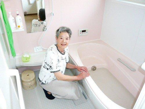 遠方に住んでいる私の子供がインターネットで探してくれて、弘前市の水周りリフォームはアイビー建興さんが良いのでは?と紹介してくれました。